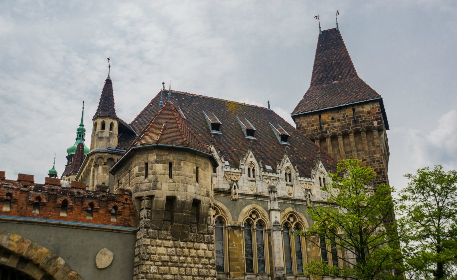 Ghosts of Budapest: Haunting Stories image