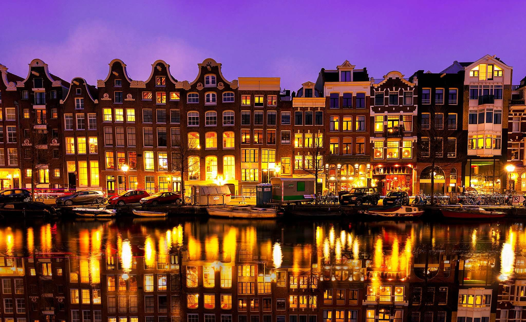 Romantic Highlights of Amsterdam: Fairytale or Tragedy? image