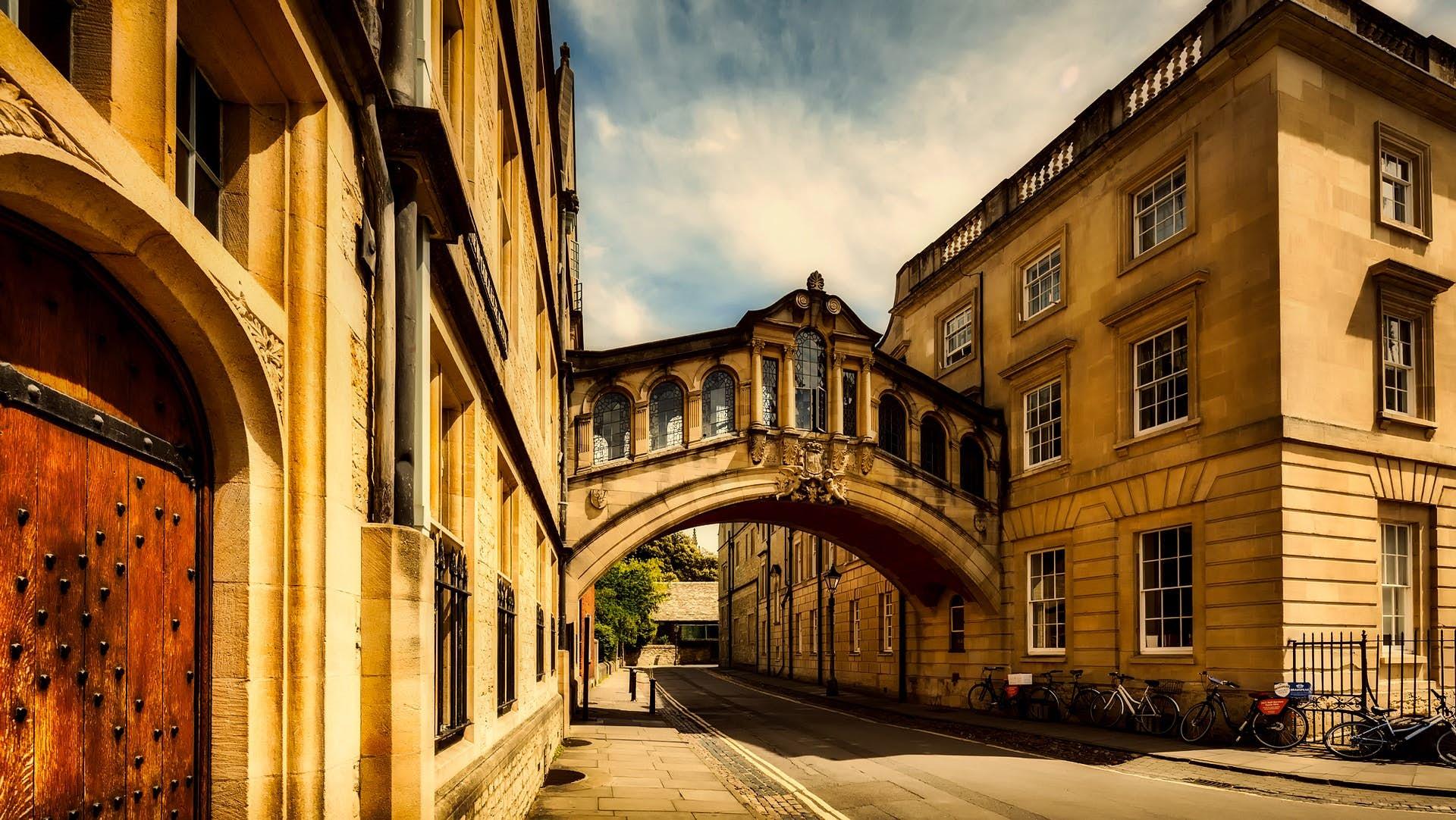 Wonders of Oxford: Famous Alumni image