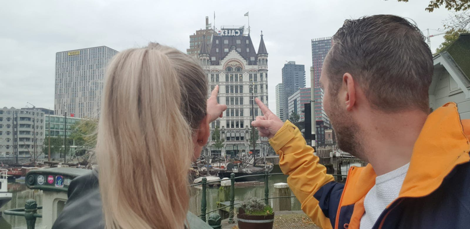 People in Rotterdam having fun with Questo